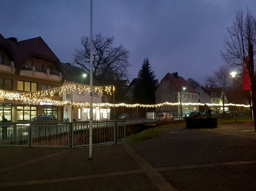 Neue Lichterketten in Altenbeken